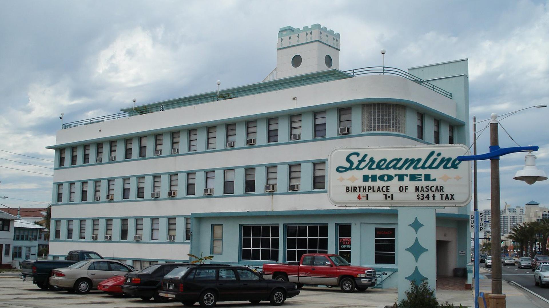 Streamline Hotel-041714-AP-FTR.jpg