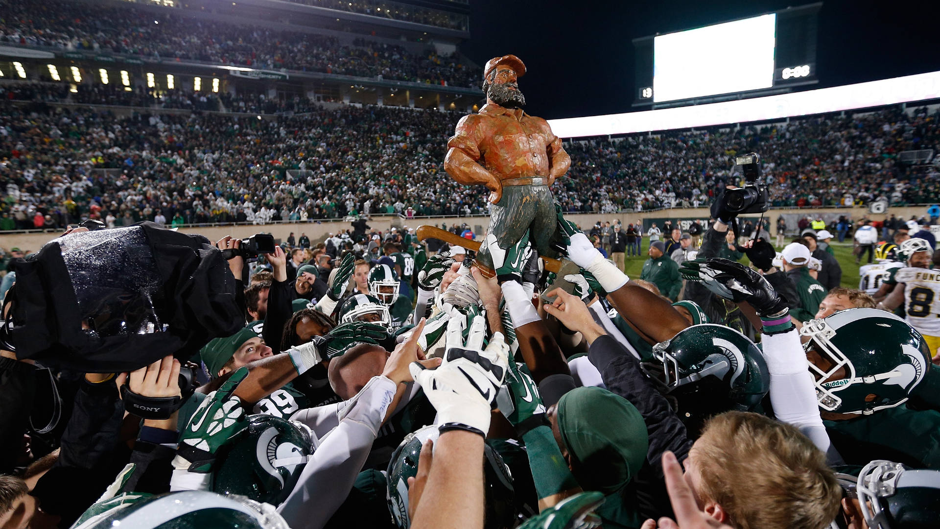 Michigan-State-FTR-102214-GETTY