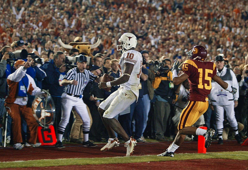 10 Spot: Vince Young's performance vs. USC is best moment of BCS era