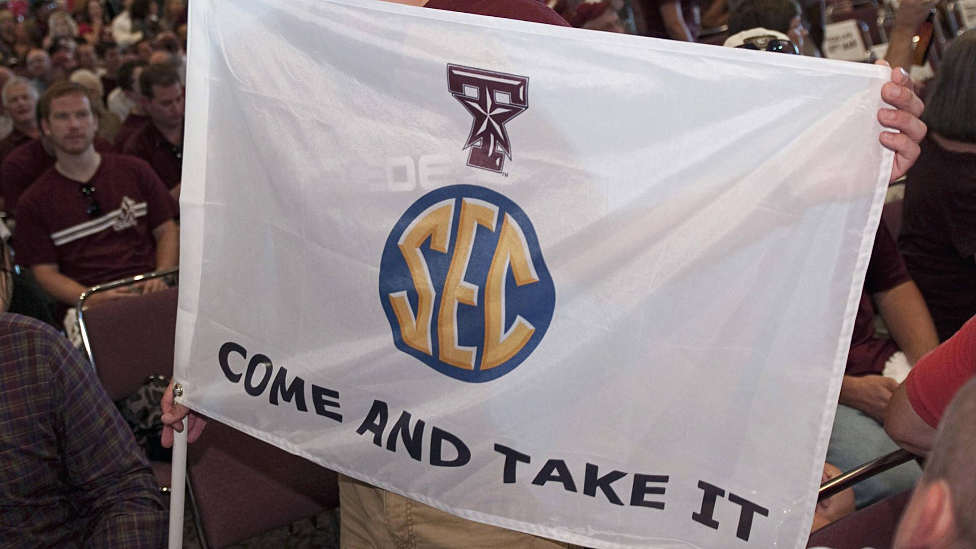 SEC-flag-FTR-052714-AP