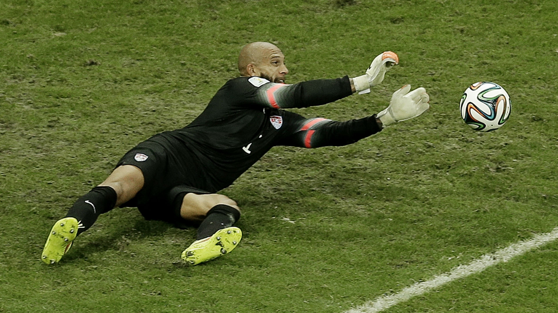 Tim-Howard-070114-AP-FTR.jpg