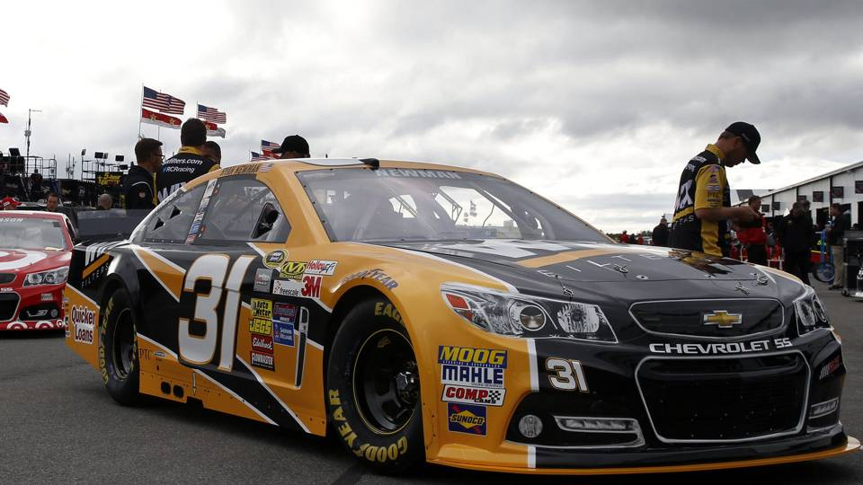 Ryan Newman sponsor Caterpillar signs contract extension with RCR ...
