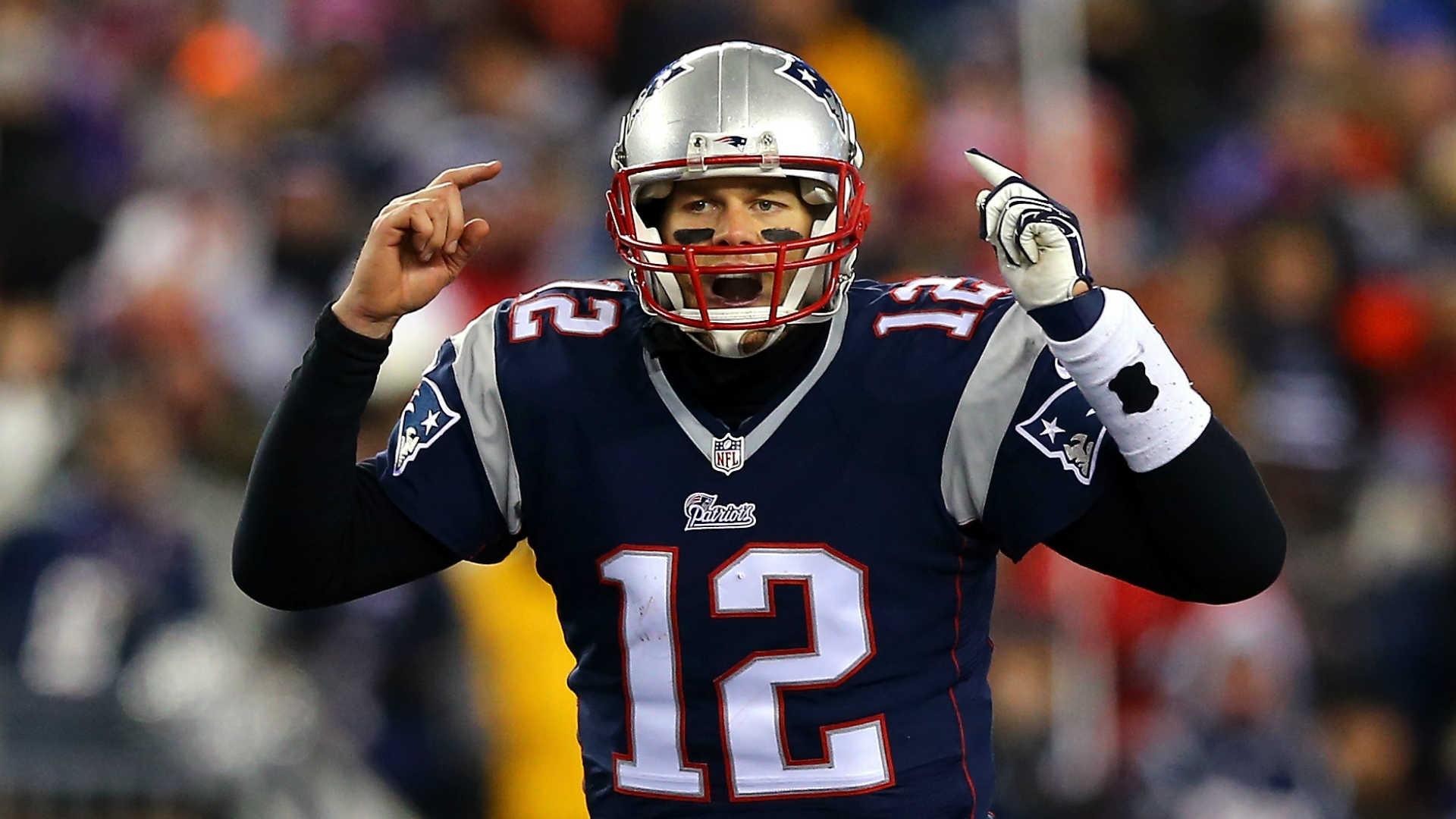 Tom-Brady-011015-Getty-FTR.jpg