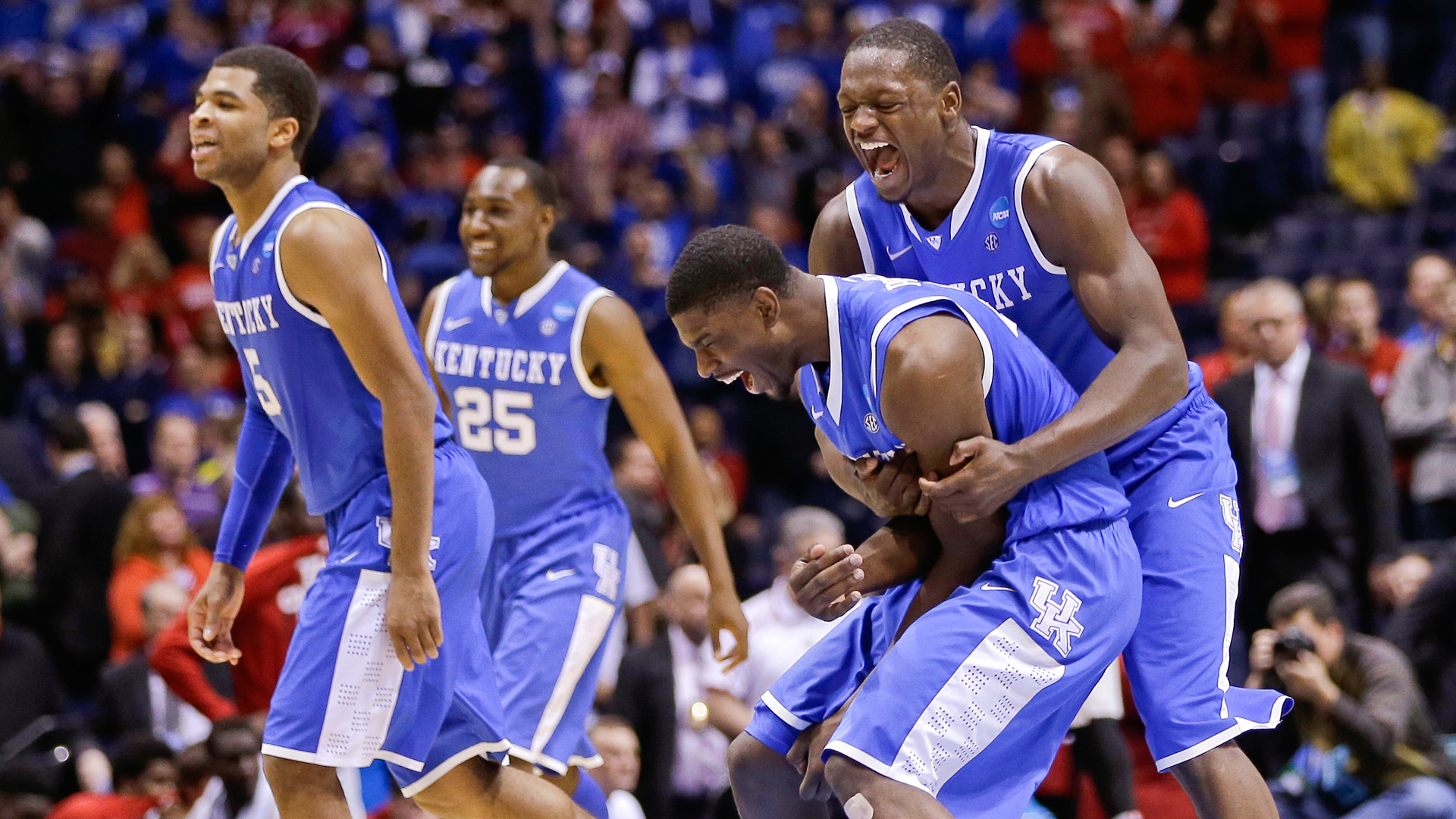 College Basketball Can Anyone Beat The Kentucky Wildcats: NCAA Tournament 2014: Julius Randle Did Not Pass On
