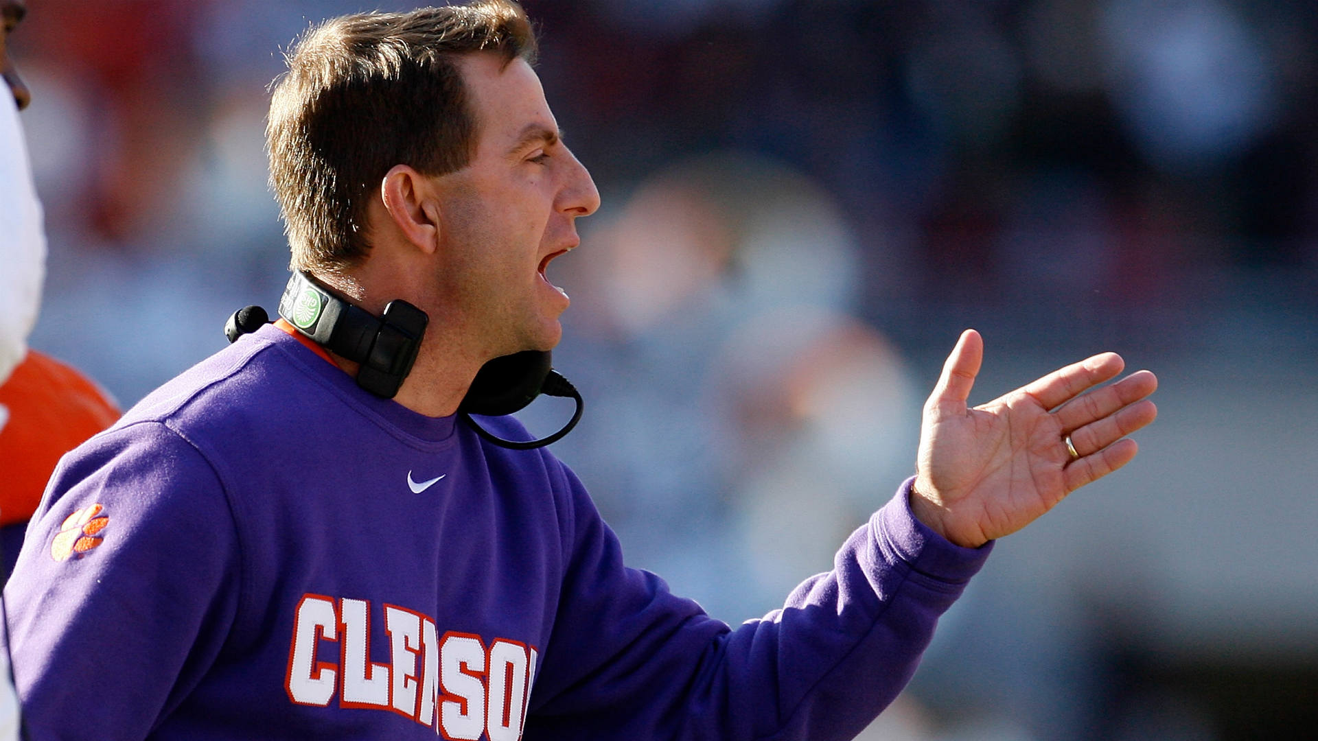 Clemson's Dabo Swinney faces pressure from students, LGBT groups over fundraiser