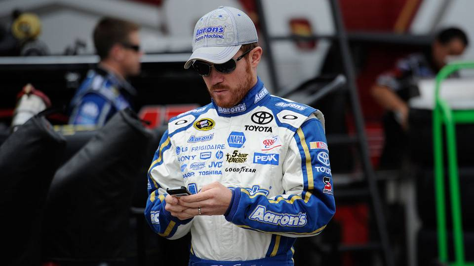 NASCAR-Vickers7-040114-AP-FTR