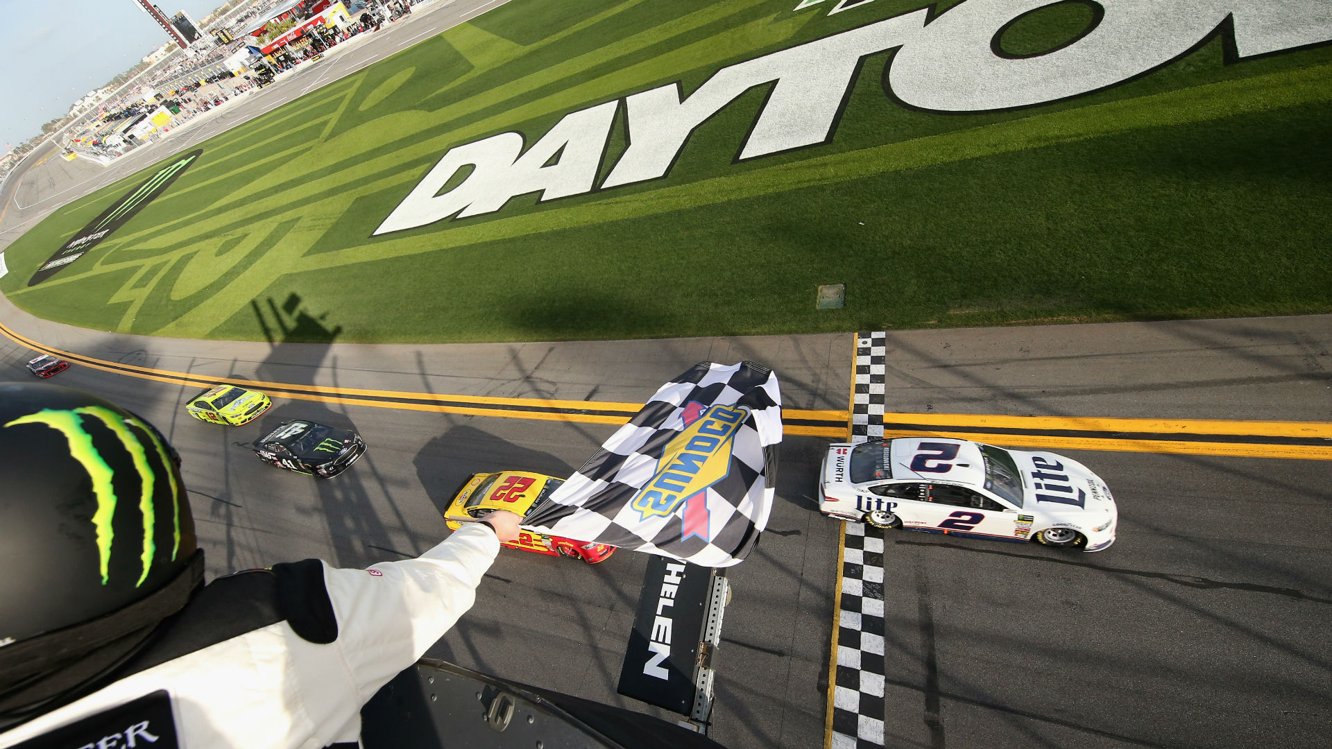 Drivers slow down for Daytona 500 Media Day