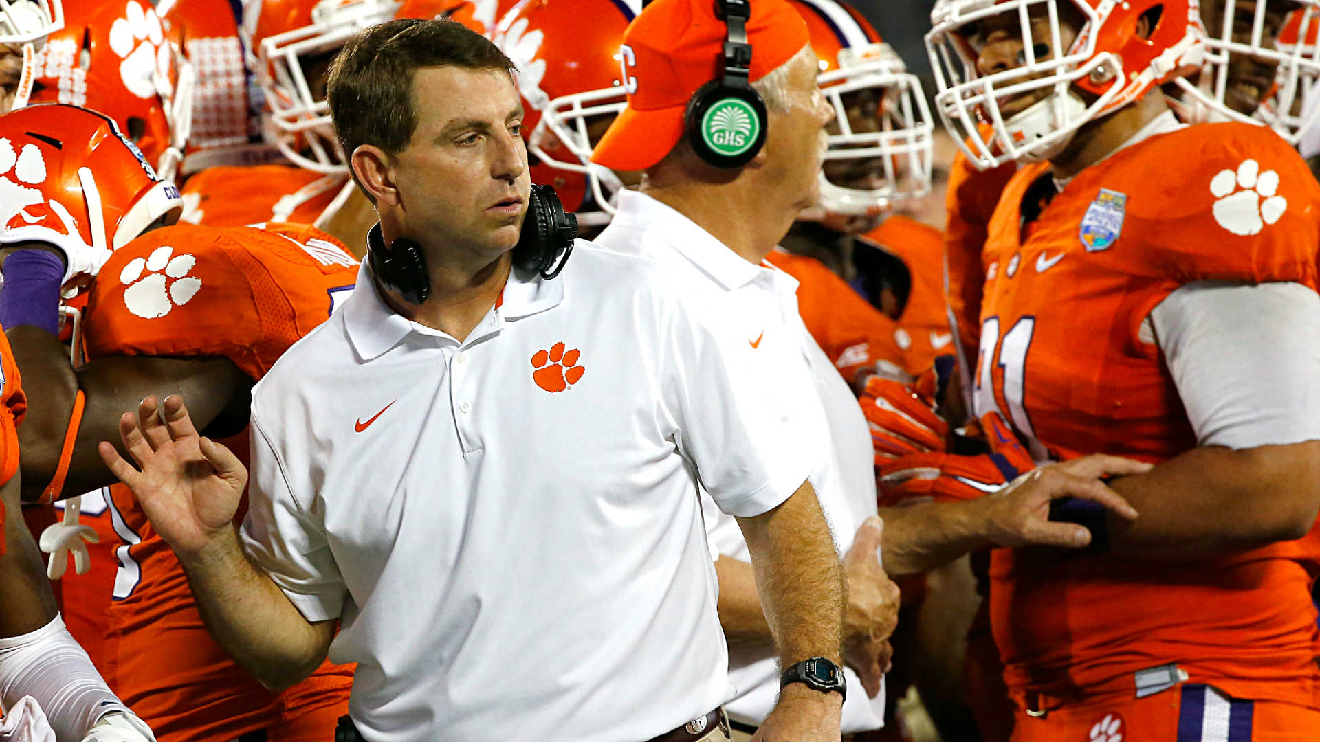 Dabo Swinney cancels appearance at fundraiser after pressure from students, LGBT groups