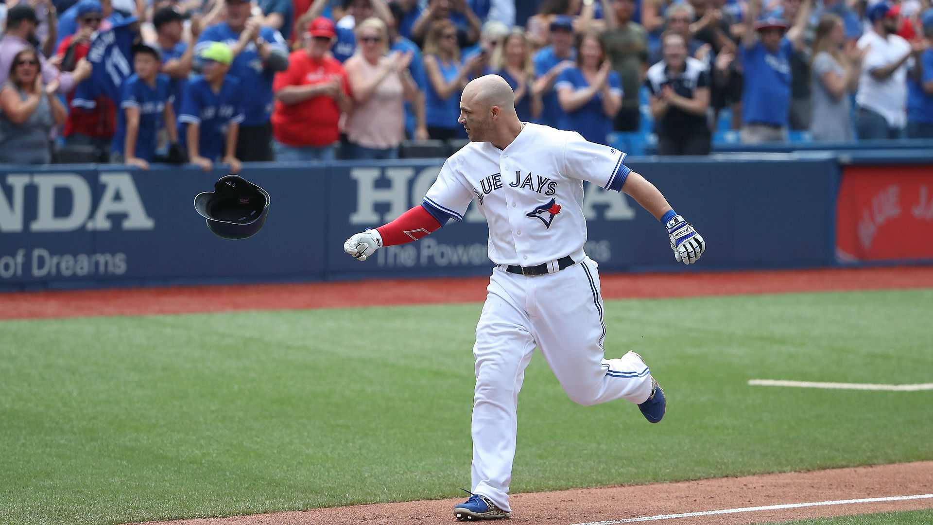 Toronto falls to Cubs in extra innings — Blue Jays notebook