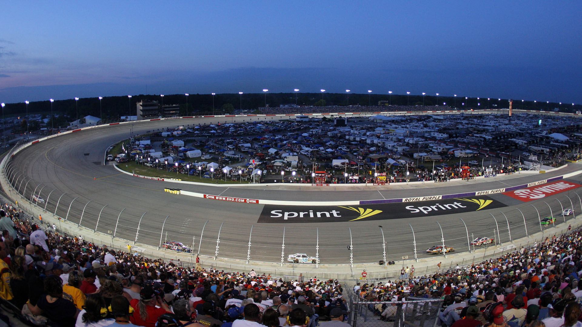 Darlington Raceway-040914-AP-FTR.jpg
