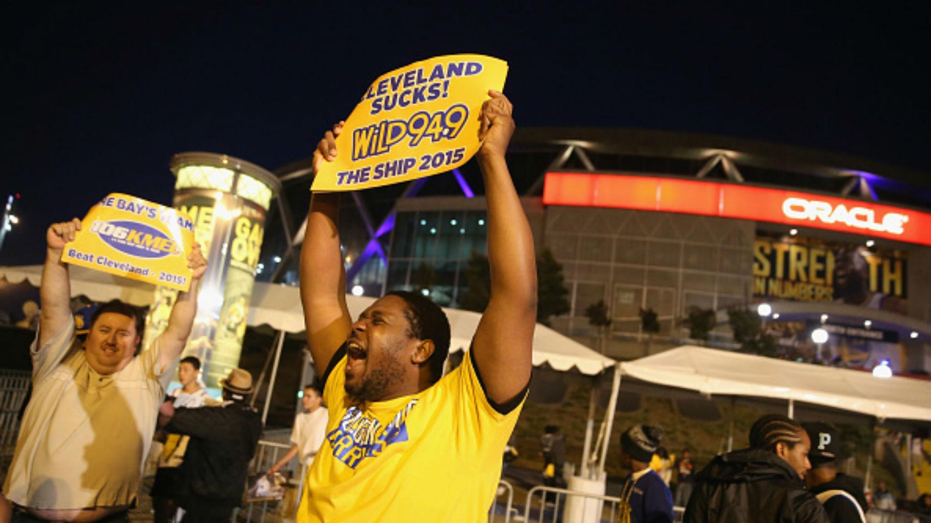 Warriors fans-06172015-Getty Images-FTR.jpg