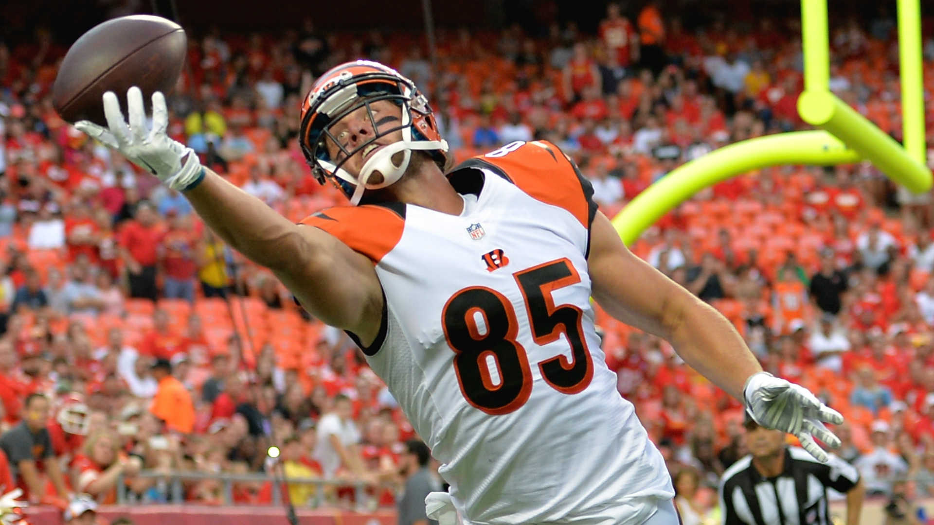 Bengals Tyler Eifert another athletic freak will keep