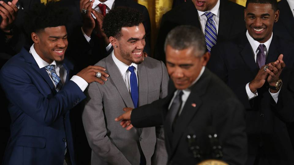 Barack Obama Quinn Cook Tyus Jones, Matt Jones-090815-Getty-FTR.jpg