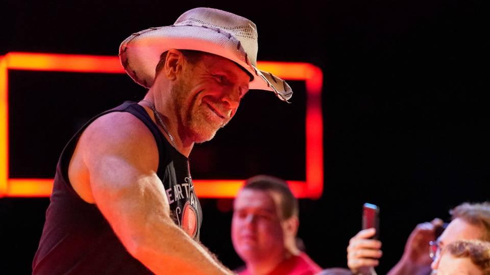 Shawn-Michaels-WWE-FTR-091018