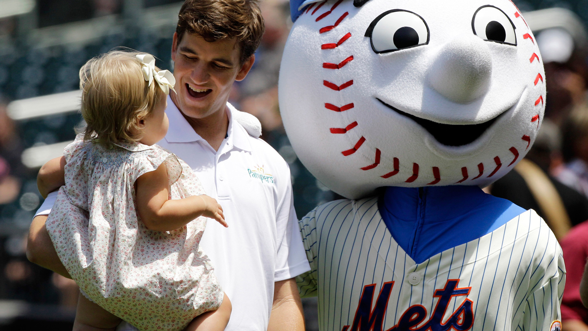 mr-met-new-york-041714-ap-ftr