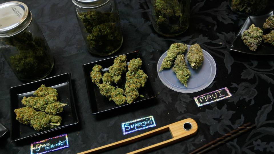 NFL-marijuana-070417-Getty-FTR.jpg