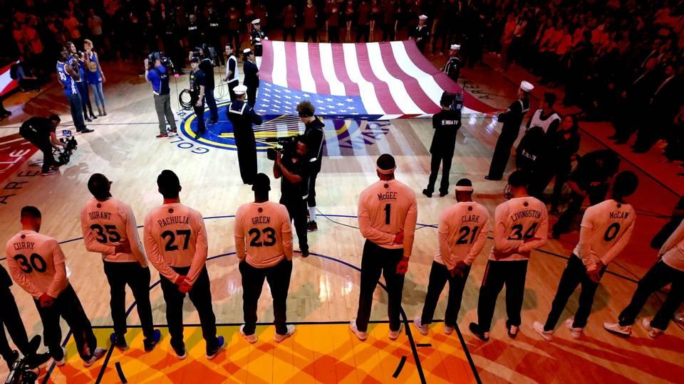 warriors-national-anthem-ftr-101717.jpg