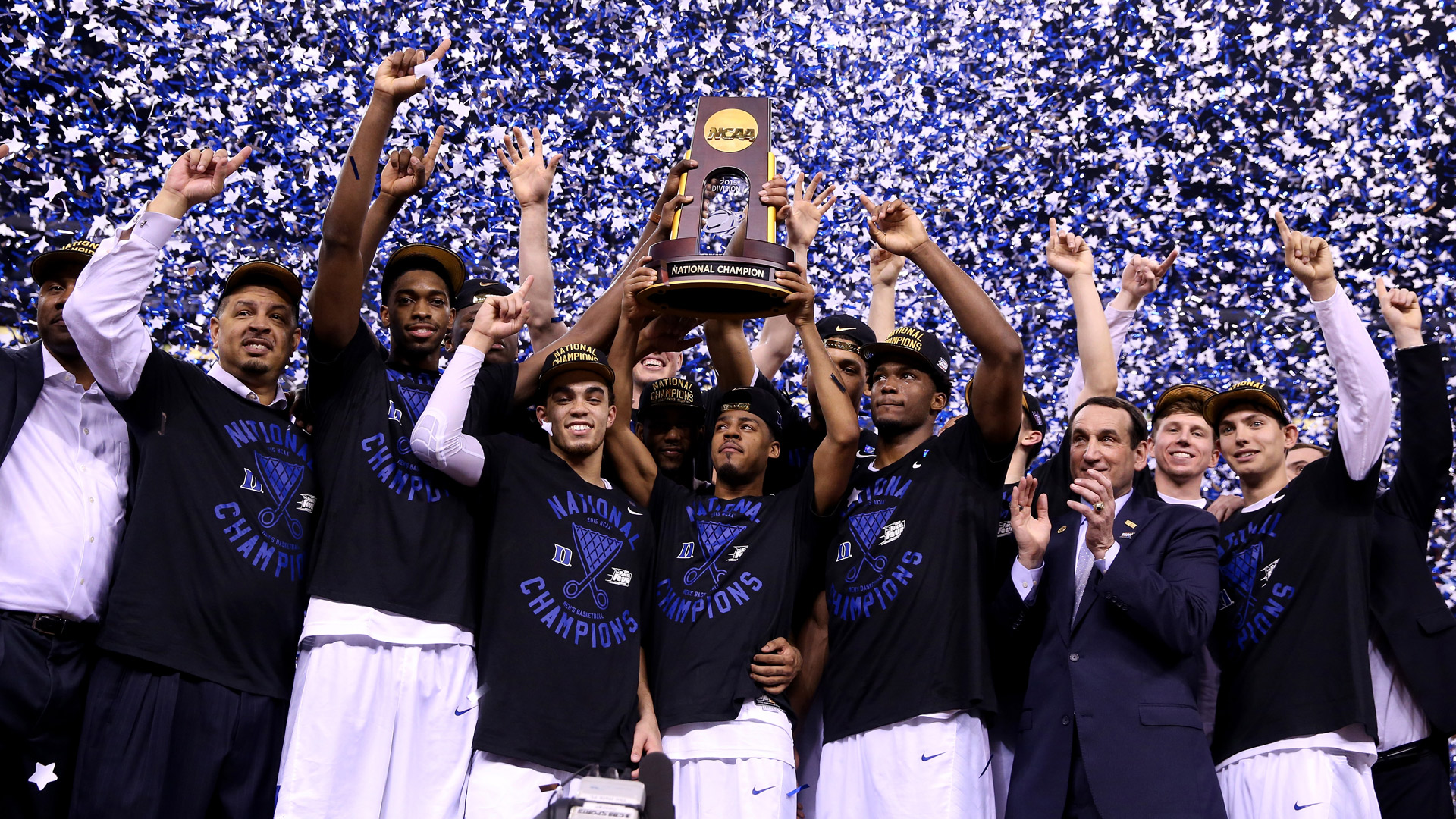 Must-see photos from the NCAA Tournament championship game ...