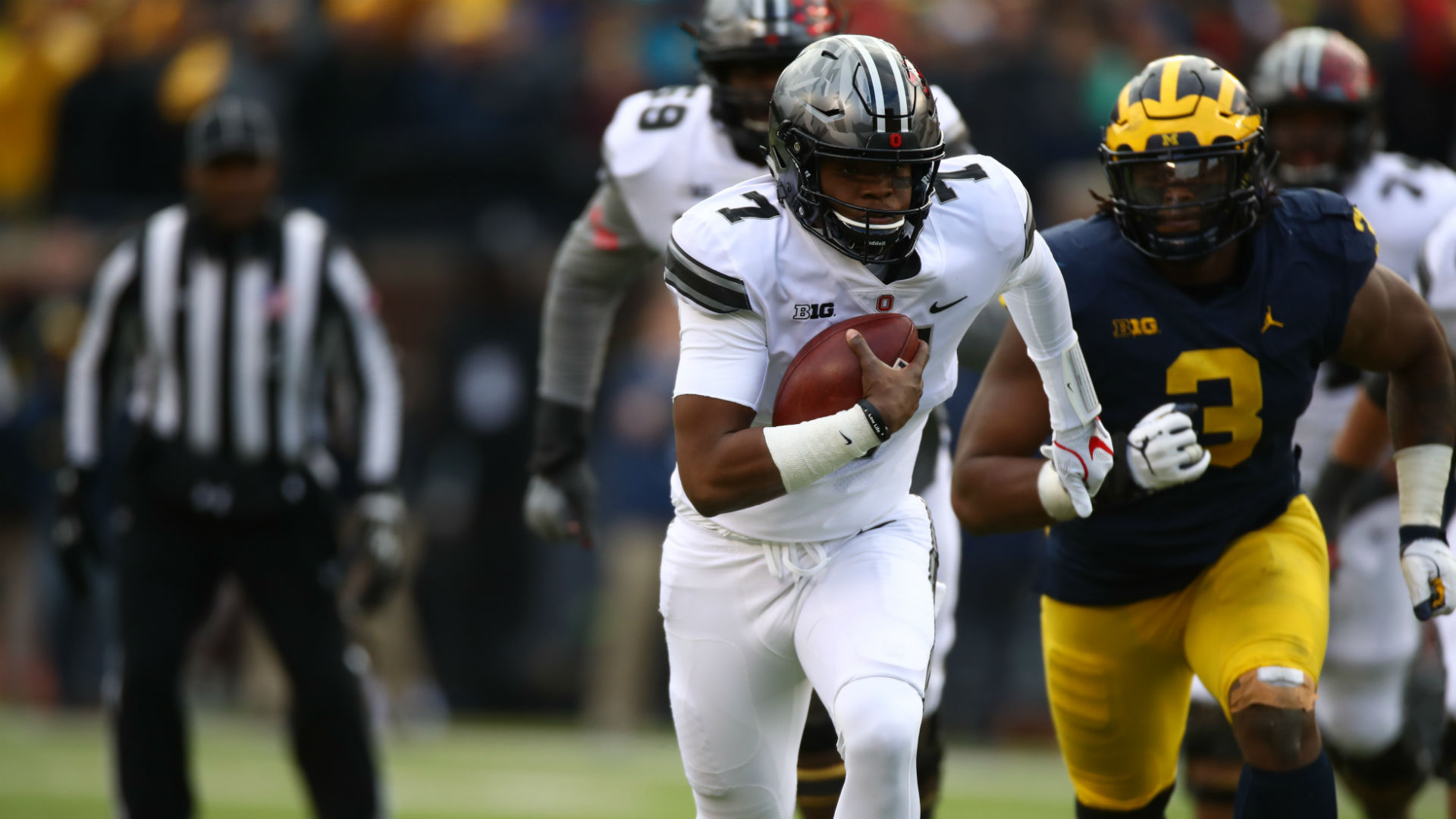 Ohio State Rallies Past Michigan; JT Barrett Injured in Sideline Incident