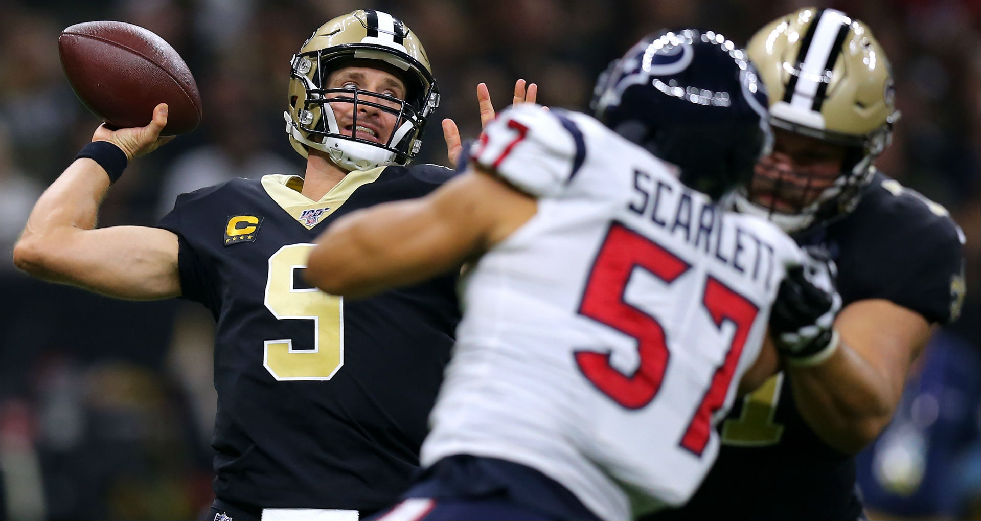 Drew Brees passes Tom Brady for second most touchdown passes in NFL history