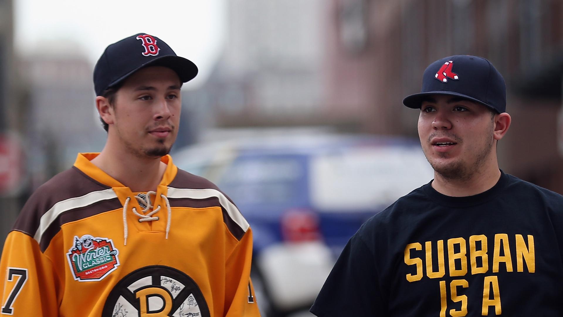 Bruins-Fans-090414-FTR-Getty.jpg