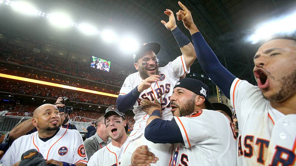 AstrosWinALCS-Getty-FTR-102117.jpg
