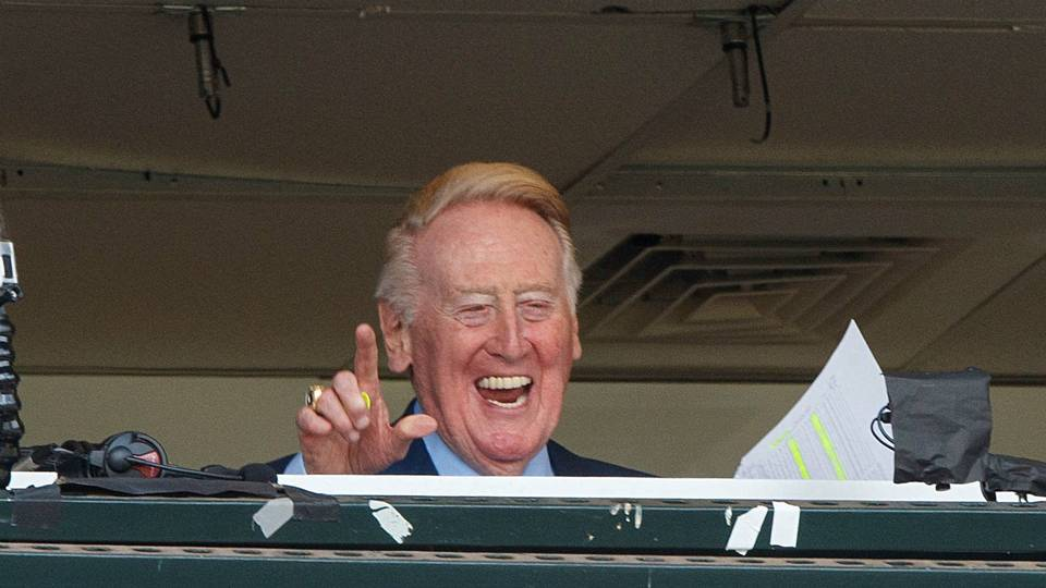VinScully-Getty-FTR-100216.jpg