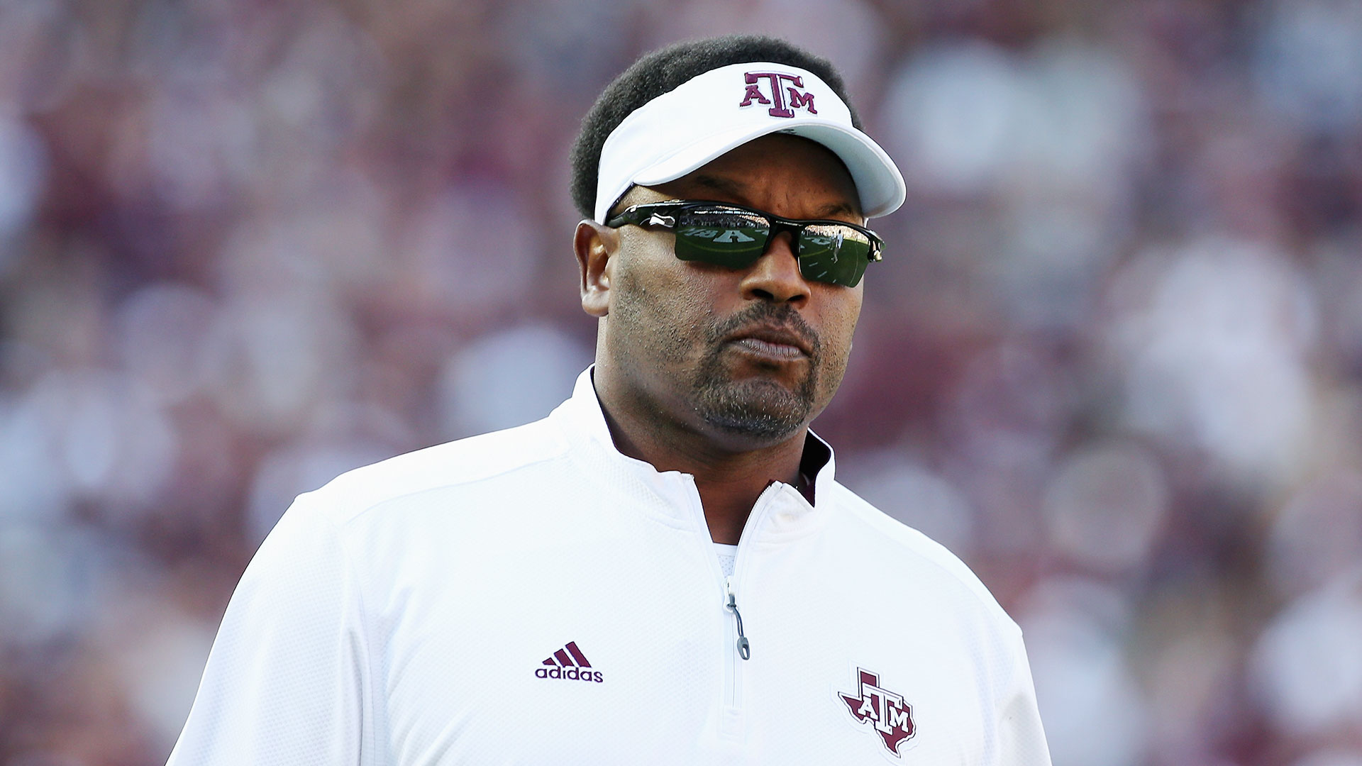 how tall is kevin sumlin