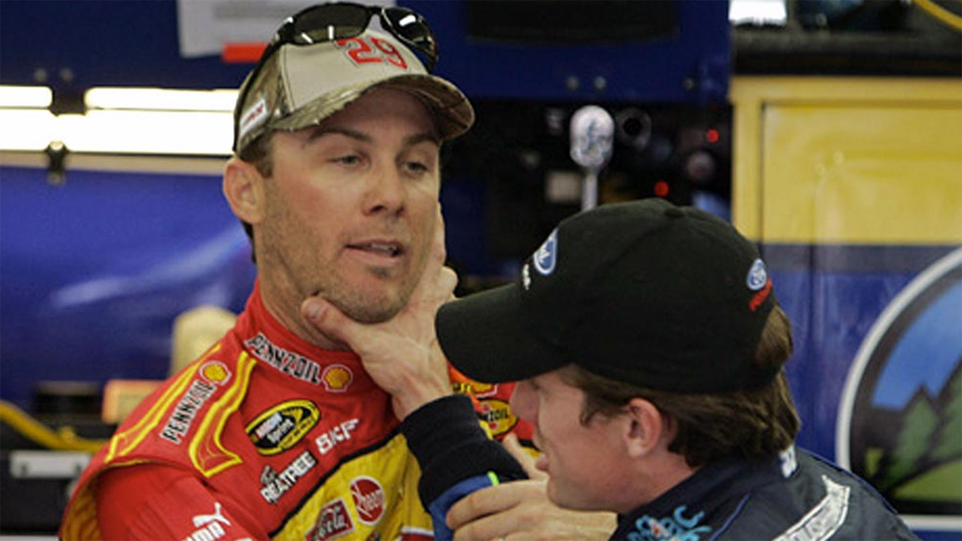 Kevin Harvick And: Kevin Harvick On Carl Edwards: 'There's (no) Love Lost