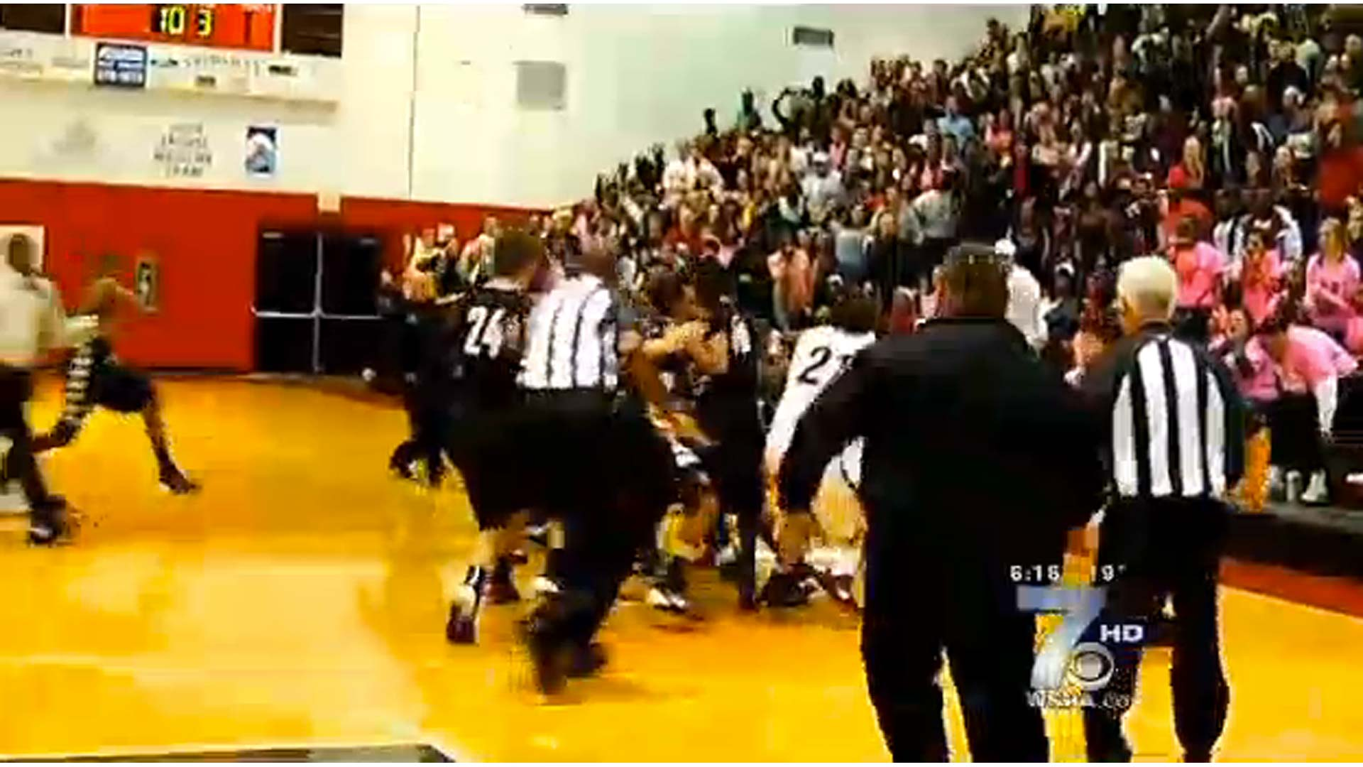 high-school-brawl-125145-wspa-ftr