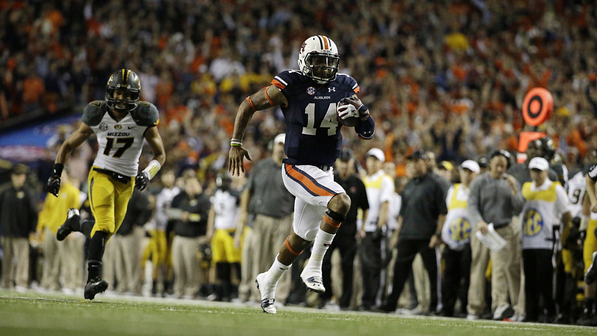Nick-Marshall-FTR-120813-AP