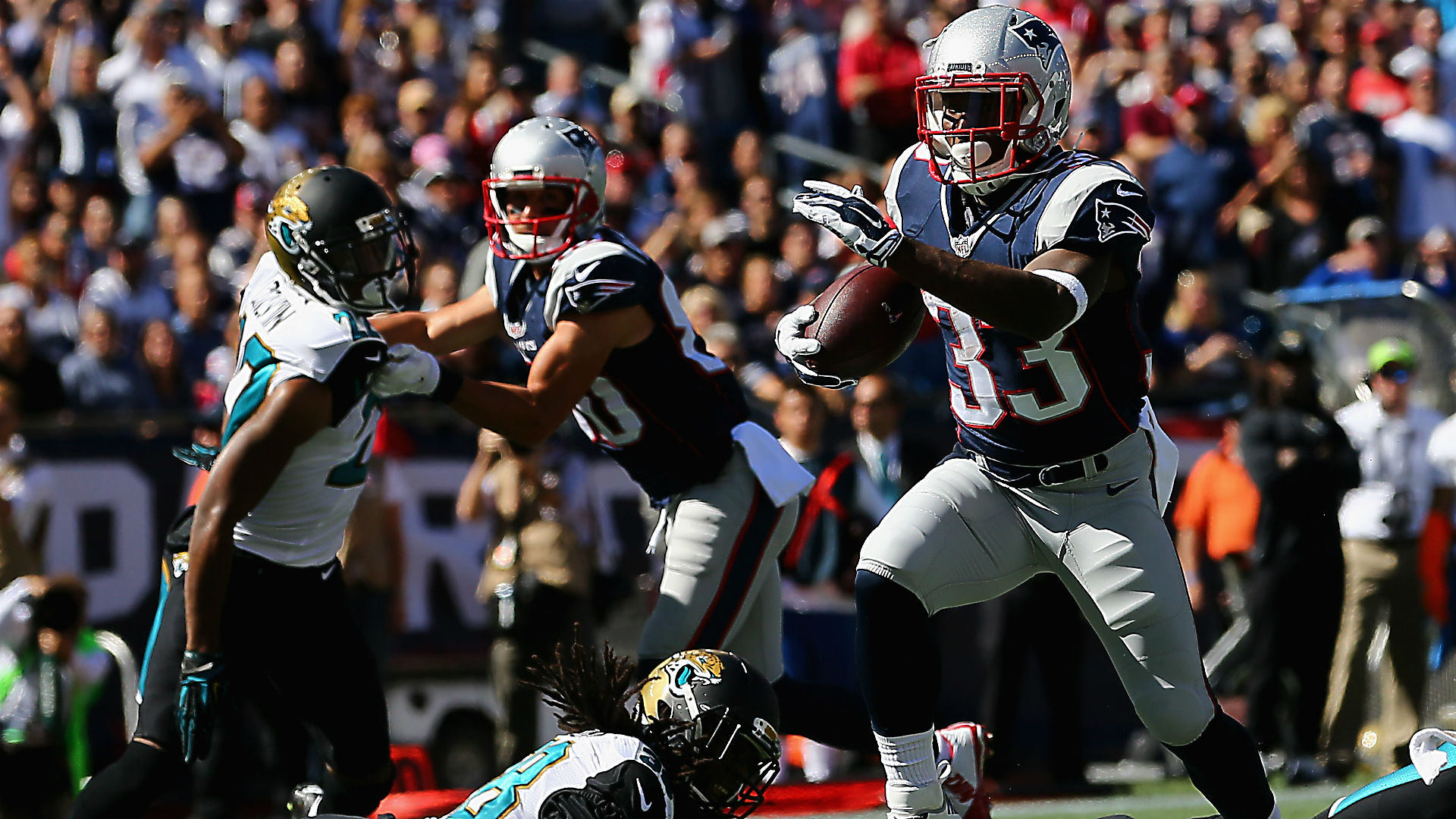 Dion Lewis - 092715 - Getty - FTR