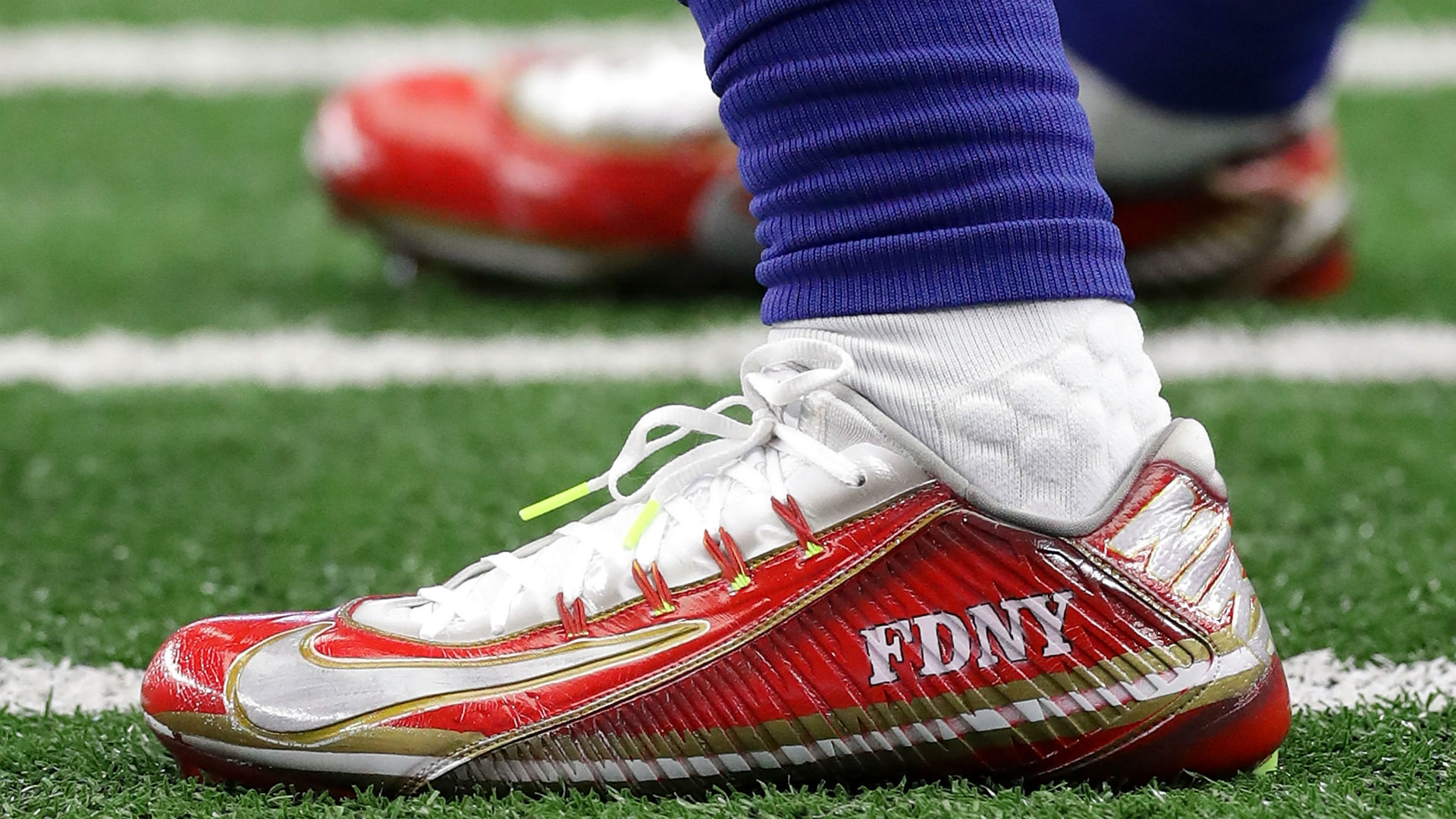 Many customized cleats in Sunday's NFL games were designed in ...