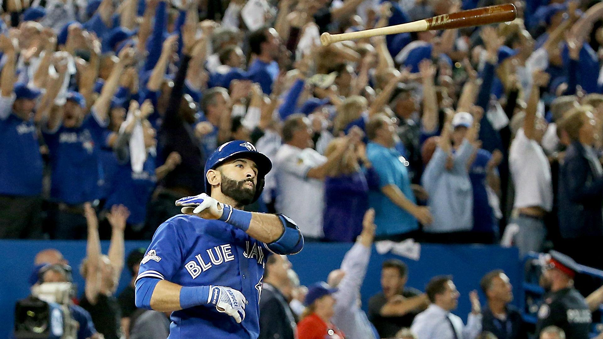 MLB playoffs 2015: Rangers' errors, Bautista's HR spark Blue Jays' comeback in wild seventh inning