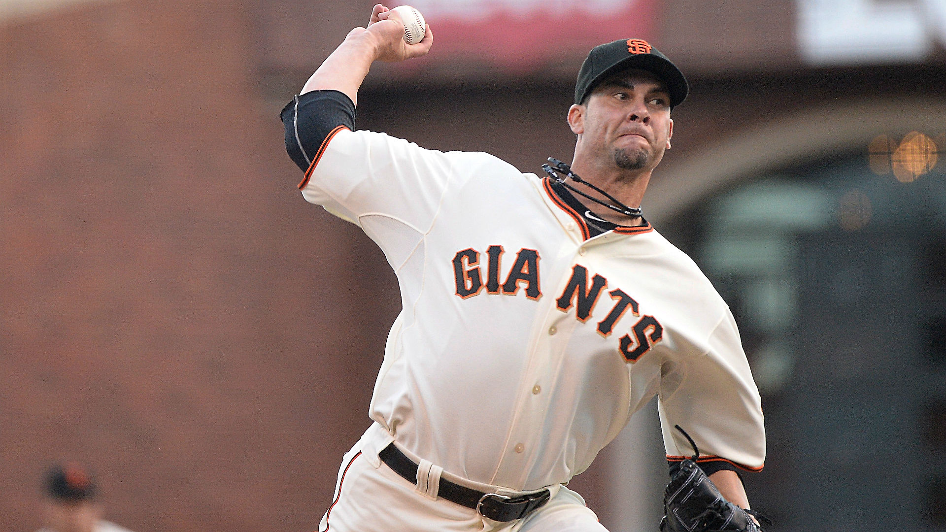 World Series Game 4 odds and pick – Giants' Vogelsong a shaky proposition as favorite