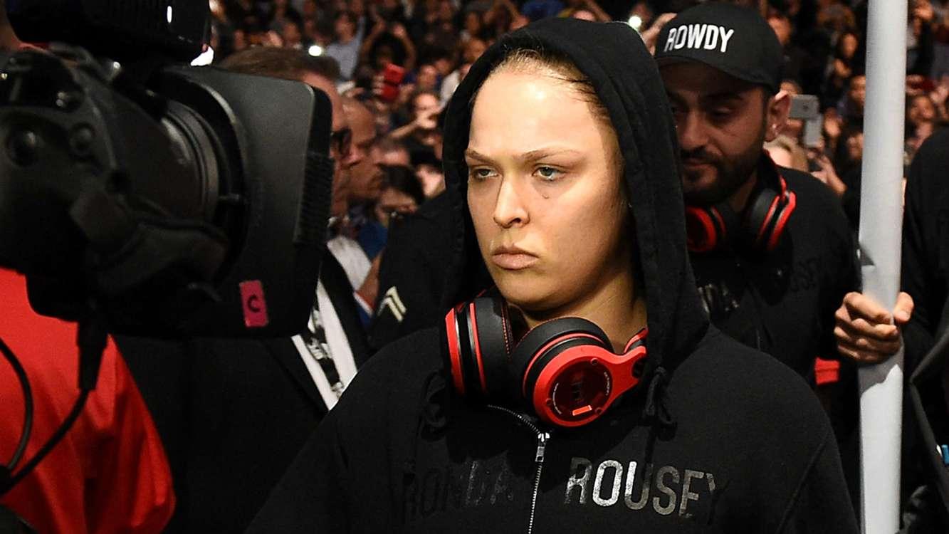 UFC 184: Dana White says Ronda Rousey is the female Mike Tyson