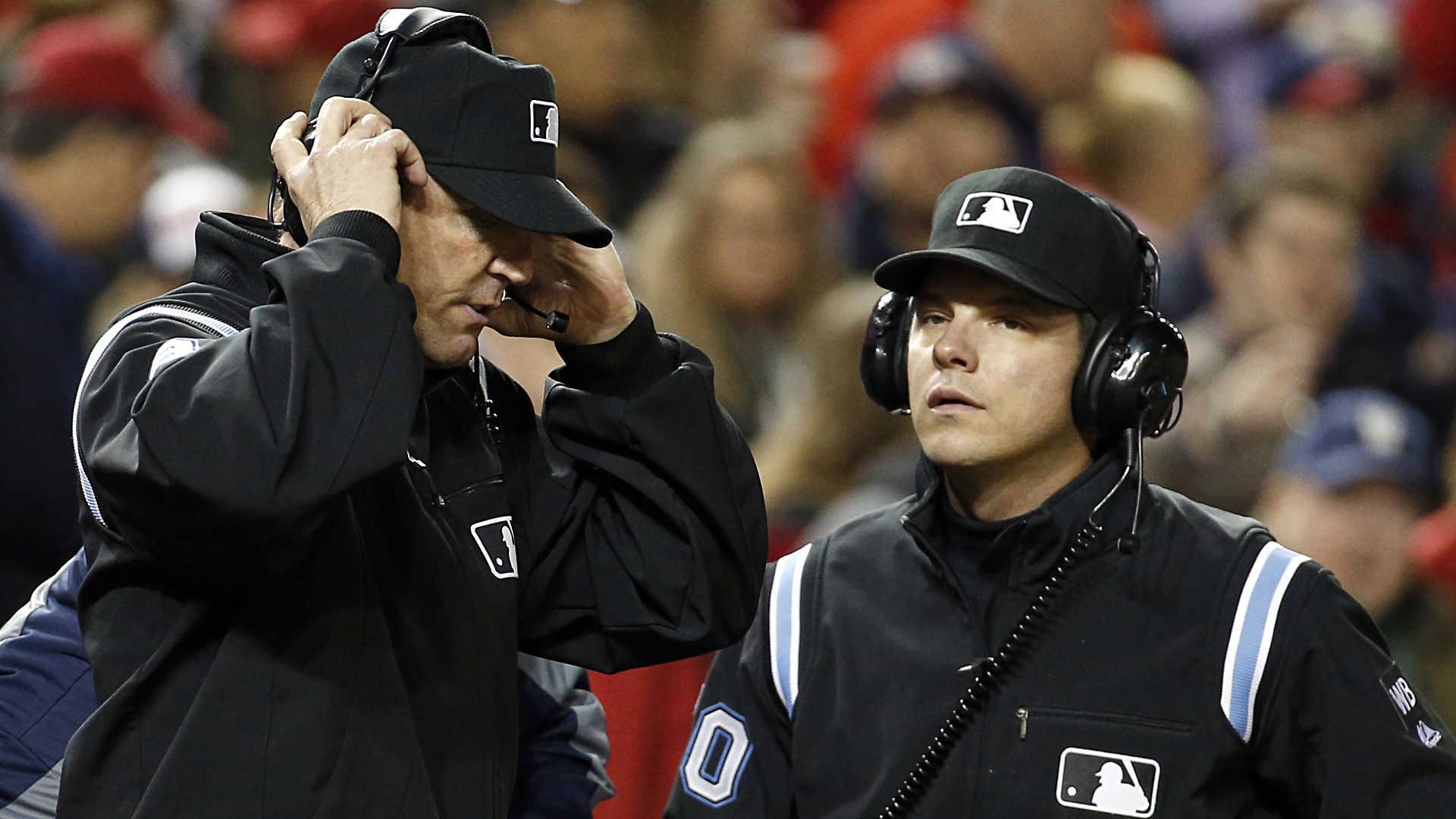 Umpires-041214-AP-FTR.jpg