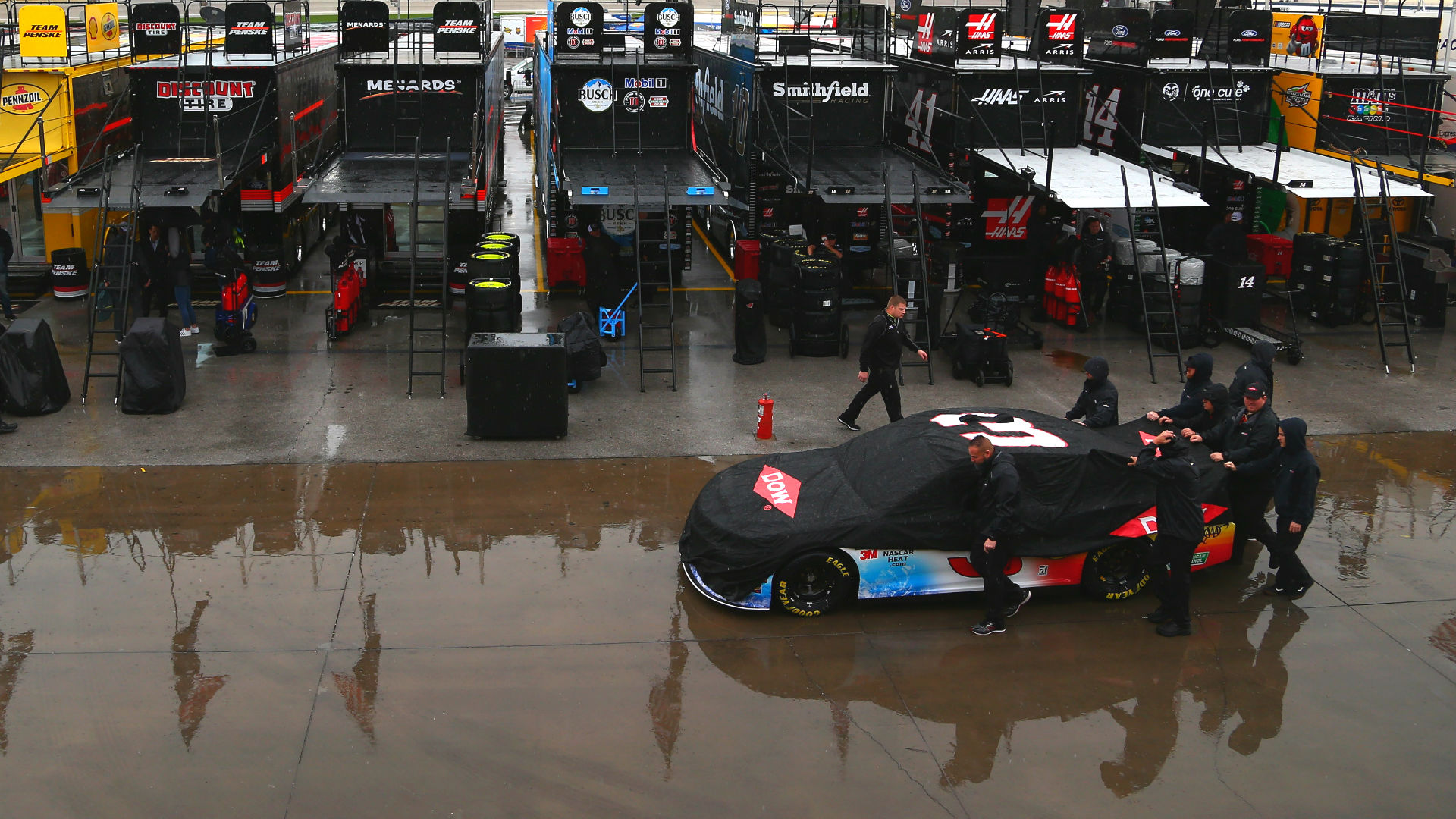 NASCAR race weather: Will rain delay the Richmond race?