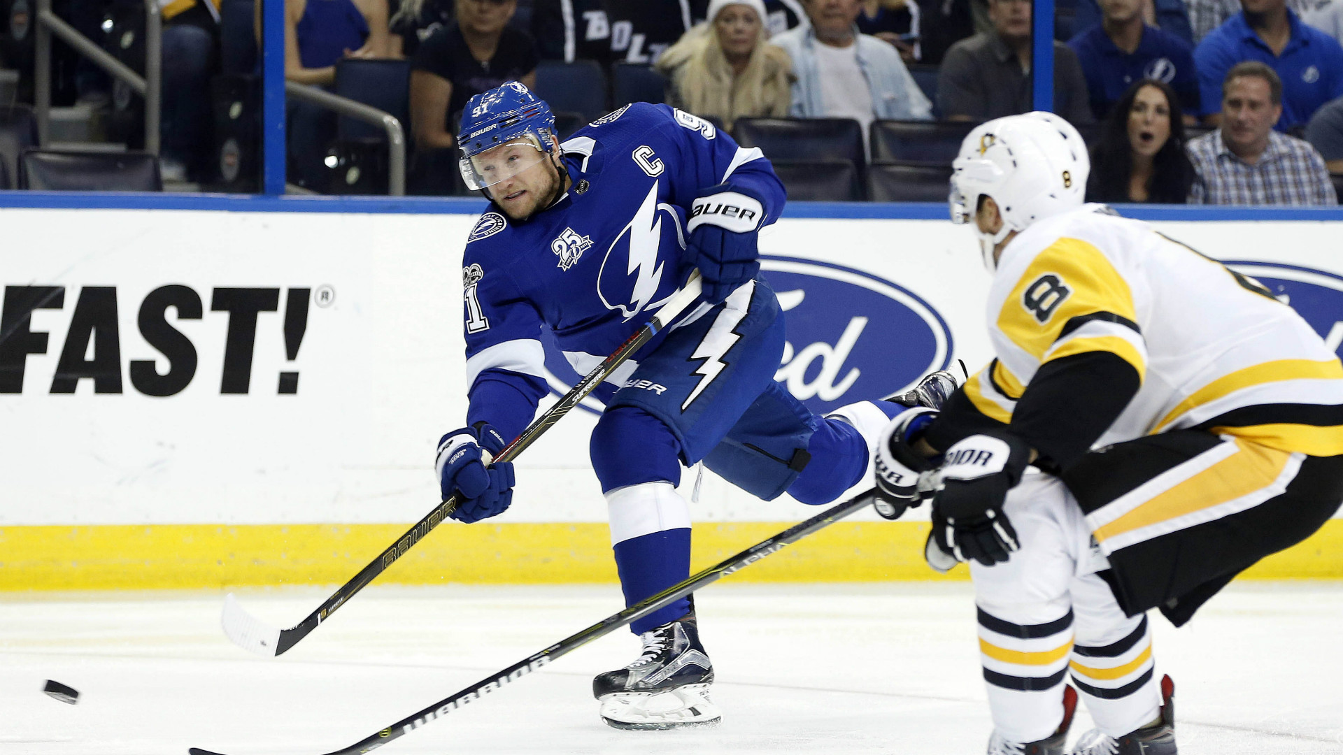 Lightning 39 S Steven Stamkos Scores First Goal In Nearly A Year Sport