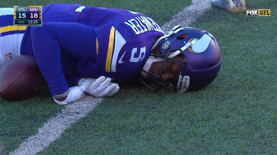 Teddy Bridgewater knocked out on hit to head