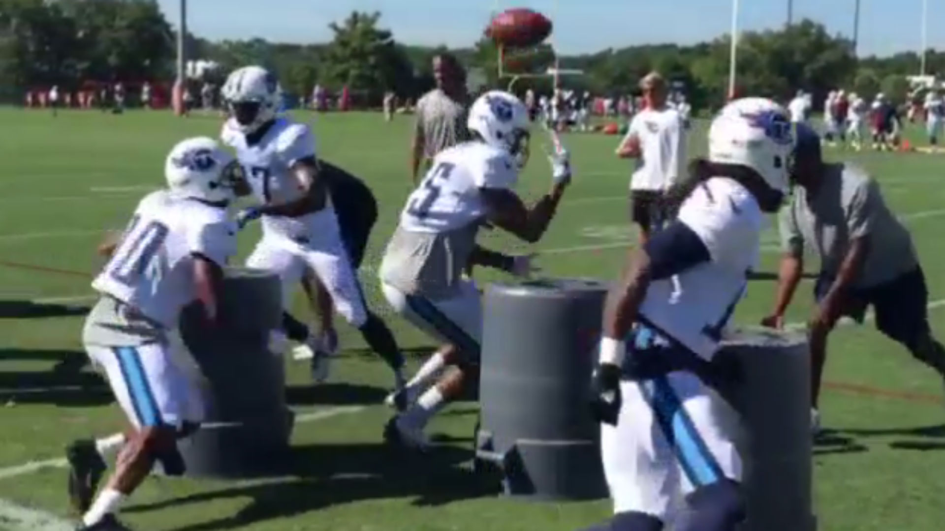 Titans receivers perform crazy drill at training camp