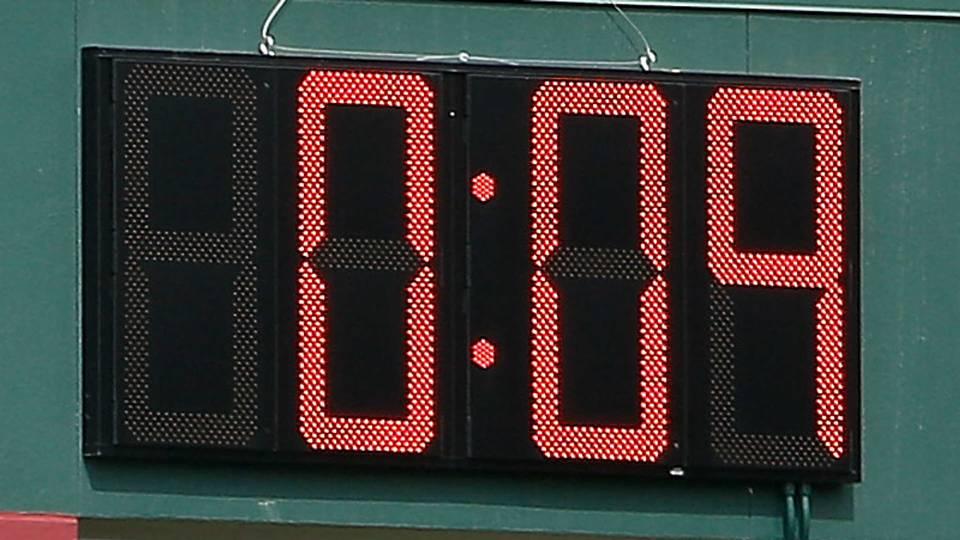 Cubs-clock-091317-Getty-FTR.jpg