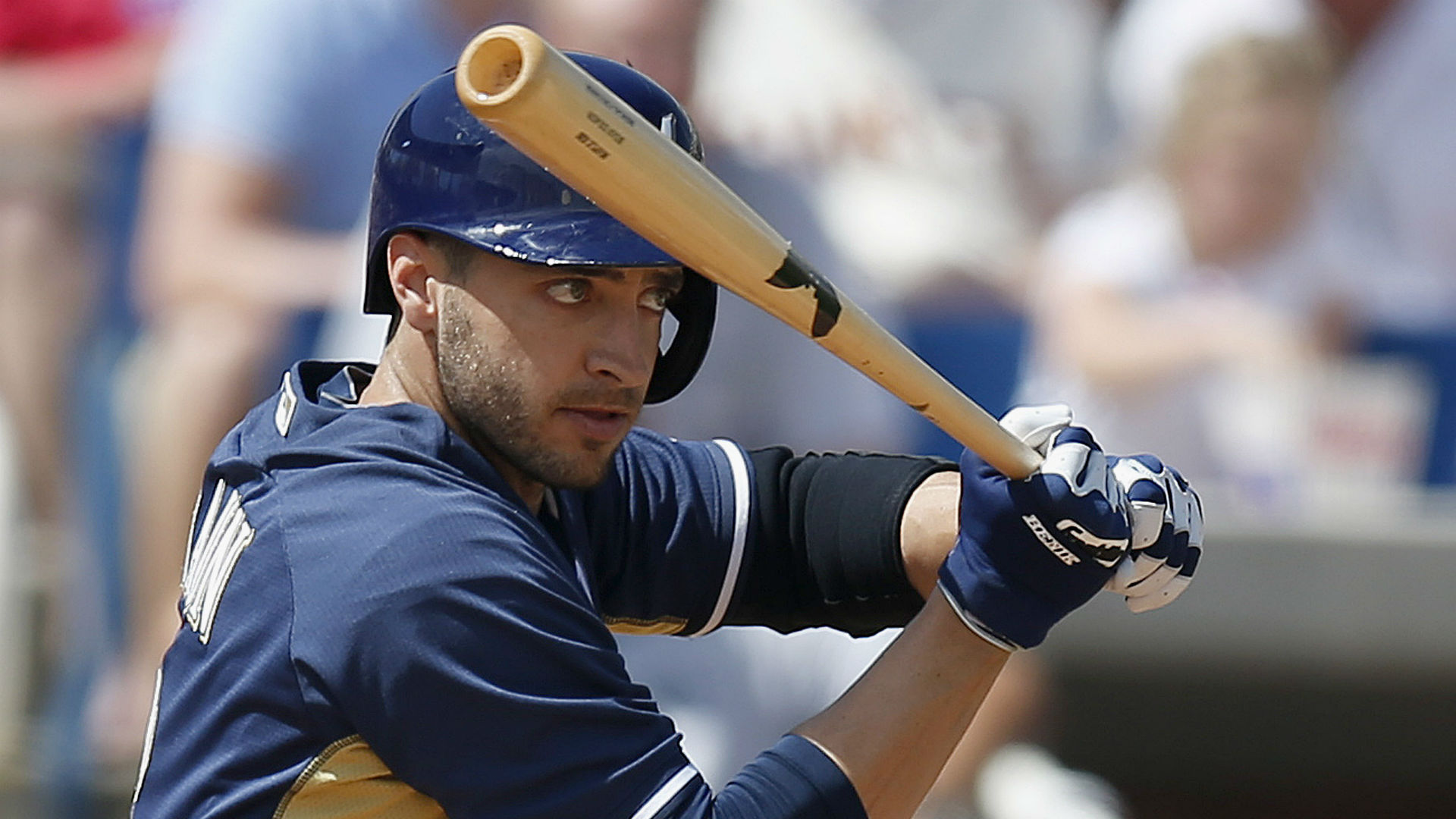 Ryan Braun's thumb injury not improving, surgery possible