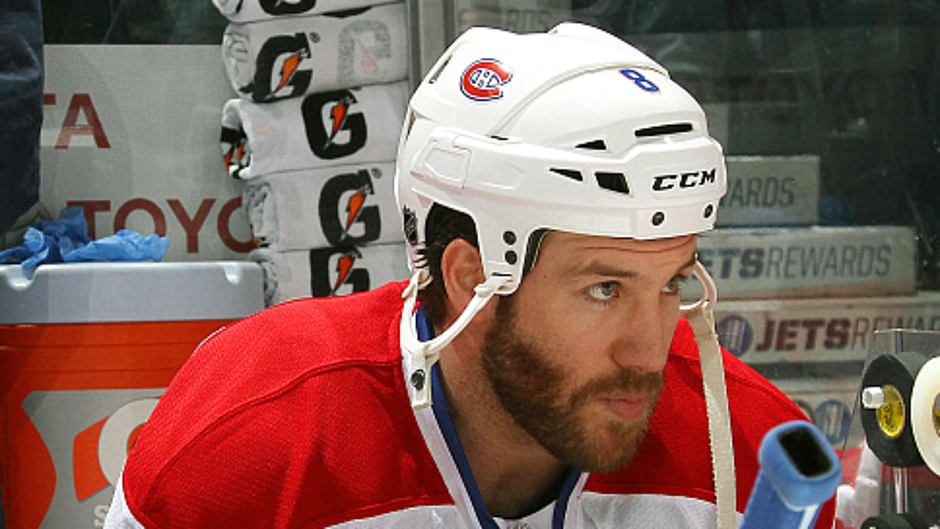 Canadiens' Prust apologizes for ripping referee
