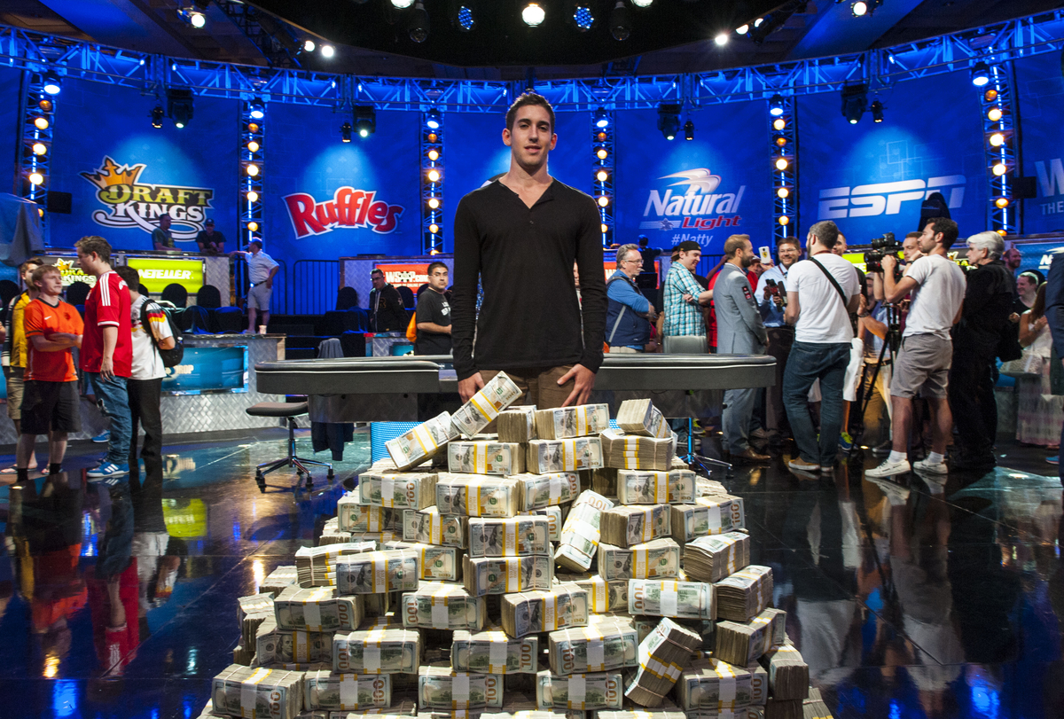 Biggest poker winners 2014 hauteur table poker