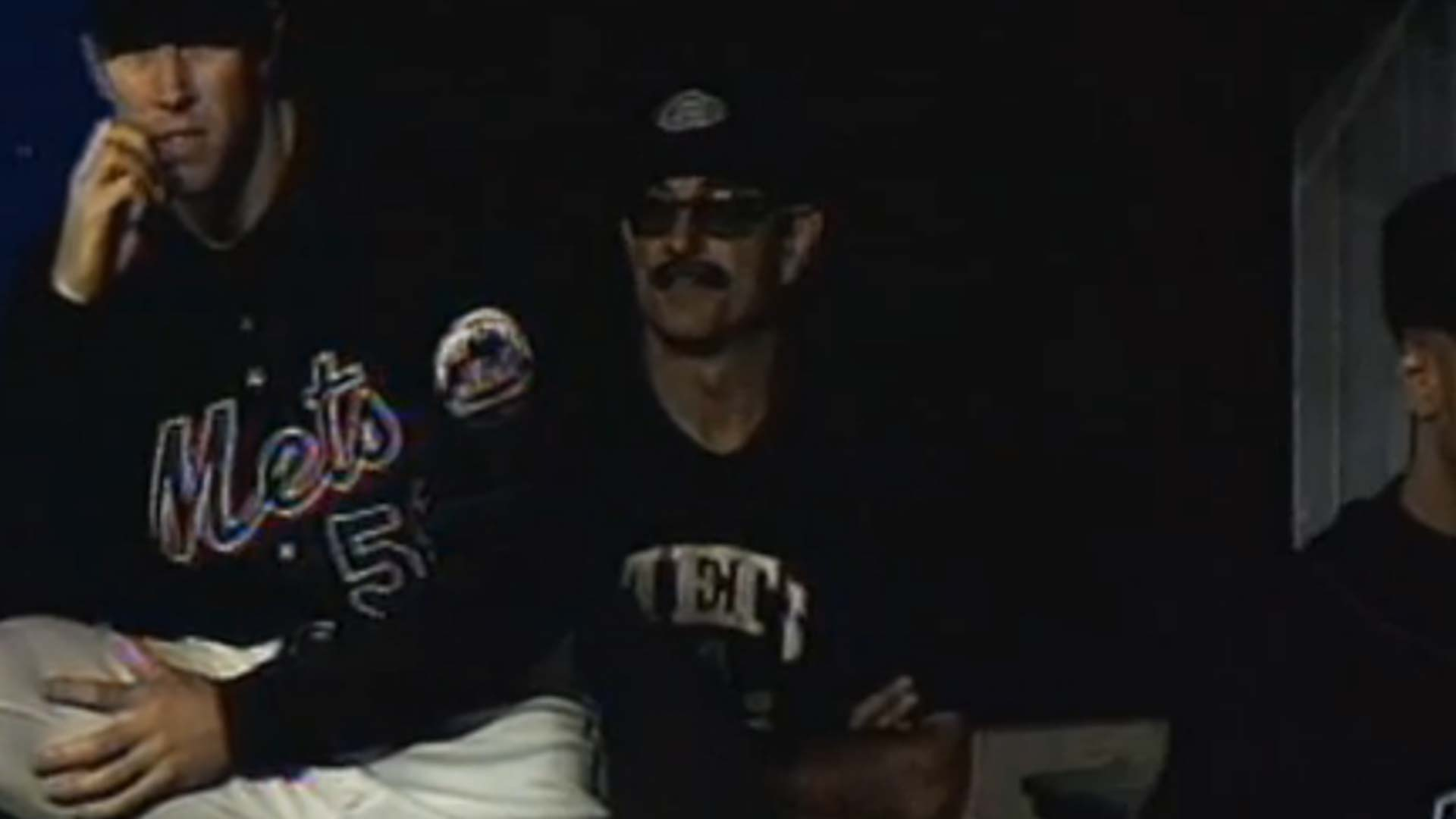 Schön Fifteen Years Ago, Bobby Valentine Broke Out A Dugout Disguise | MLB |  Sporting News