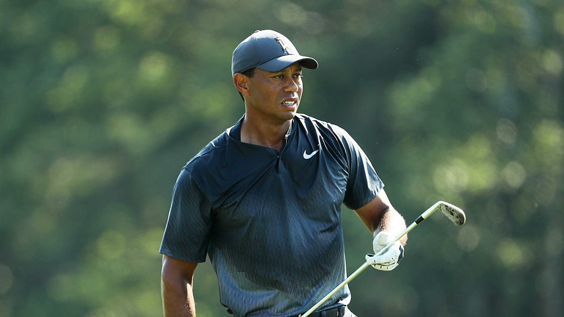 tiger woods score  round 2 recap  highlights from the