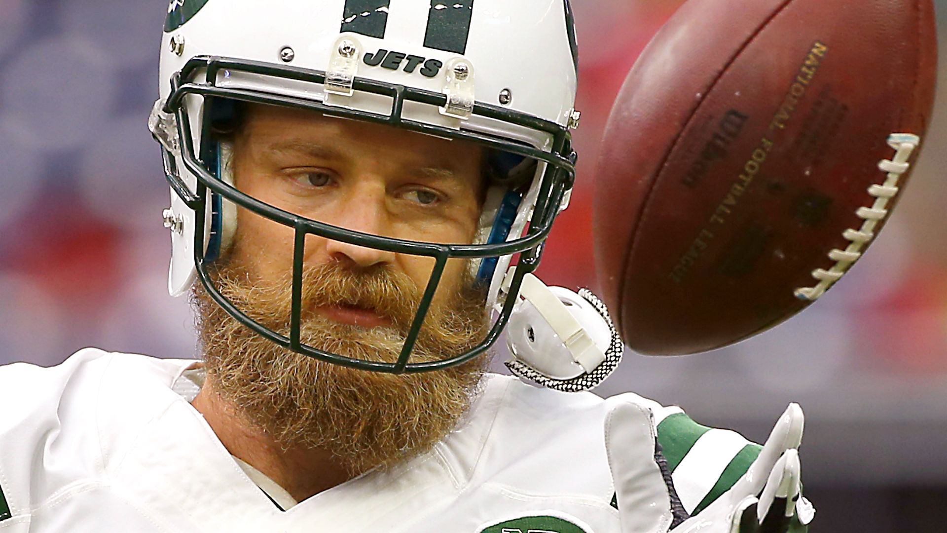 Jets, Ryan Fitzpatrick reach compromise as camp opens