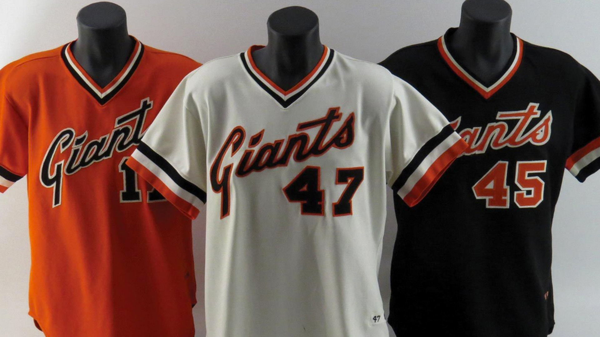 Major league baseball uniforms
