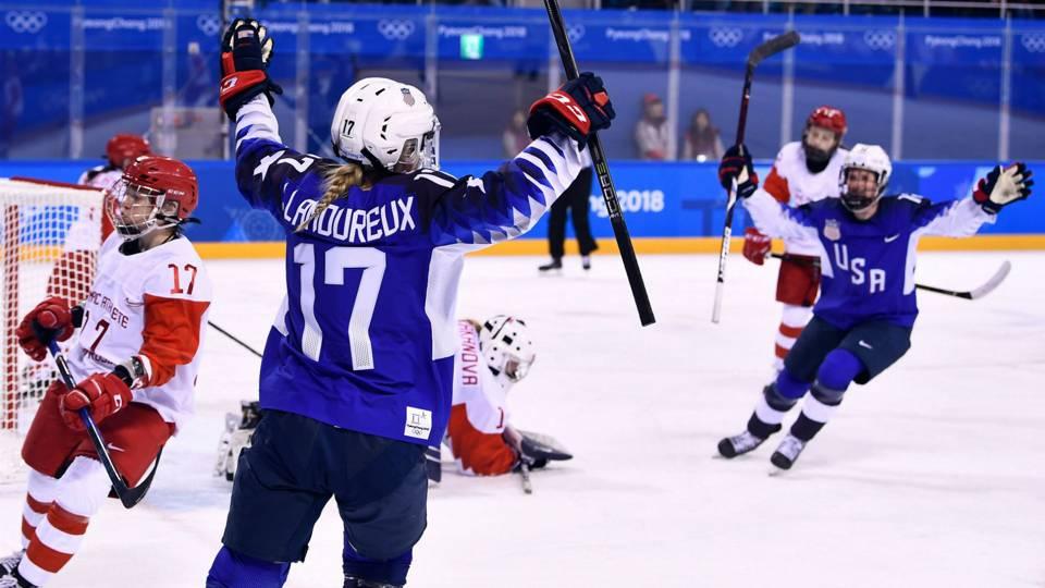 Jocelyne Lamoureux-Davidson makes Olympic hockey history as U.S. women  dominate Russians 7449d365b92